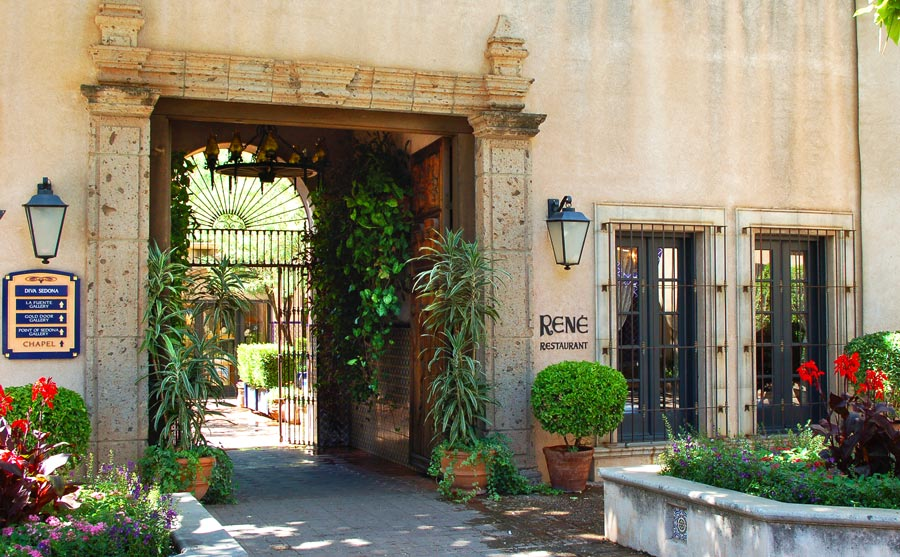 Tlaquepaque is filled with Old World charm.